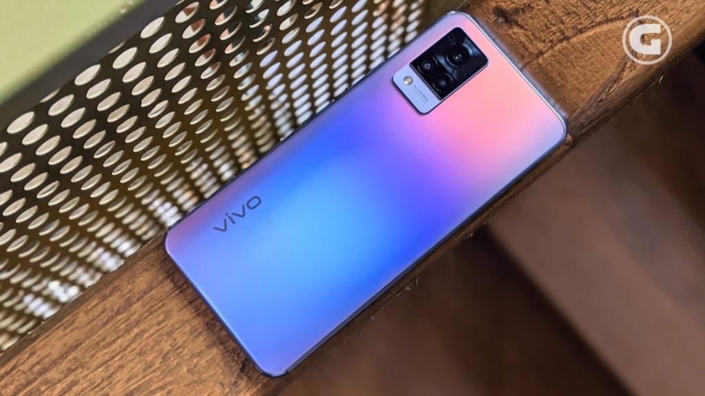 Desain vivo V21 5G